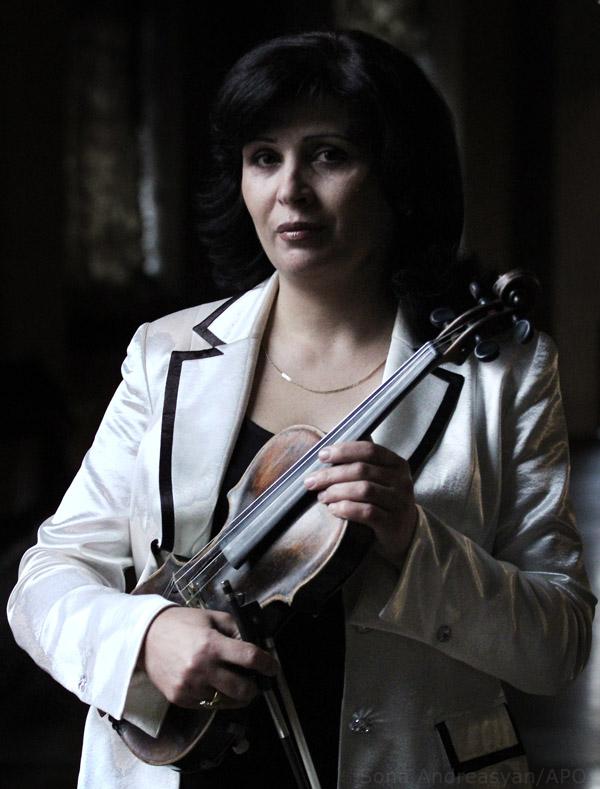 Елена Татманян