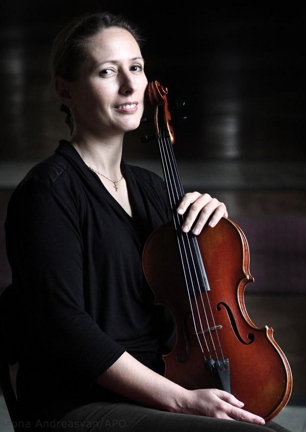 Yana Daryan