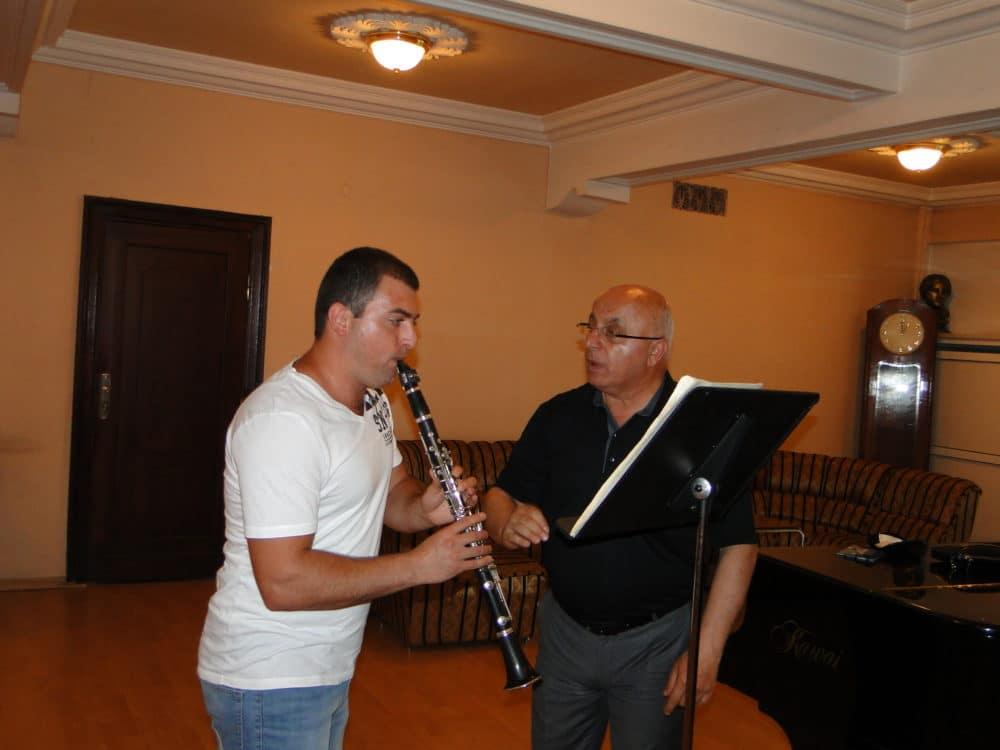 Misak Gruzyan with principal clarinetist Vyacheslav Manucharyan day 6