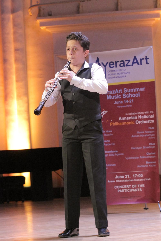 6. Hayk Hekekyan, oboe