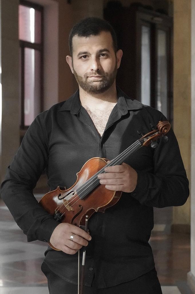 Нарек Саакян